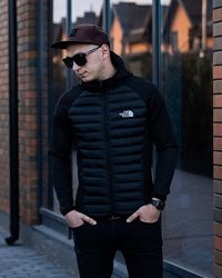 Куртка ТНФ черная