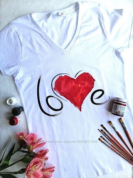 Футболка с ручной росписью Love and Red heart размер S