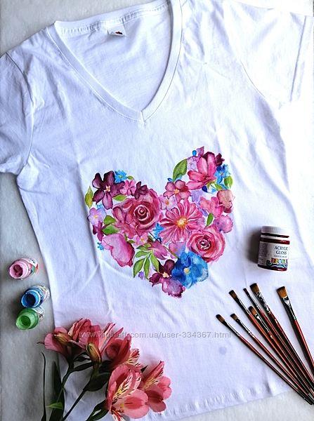 Футболка с ручной росписью Цветочное сердце, размер S