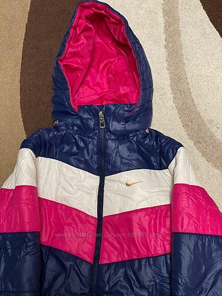 Демисезонная курточка Nike