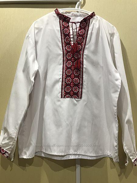 Рубашка вышиванка для мальчика 9-11 лет, состояние новой