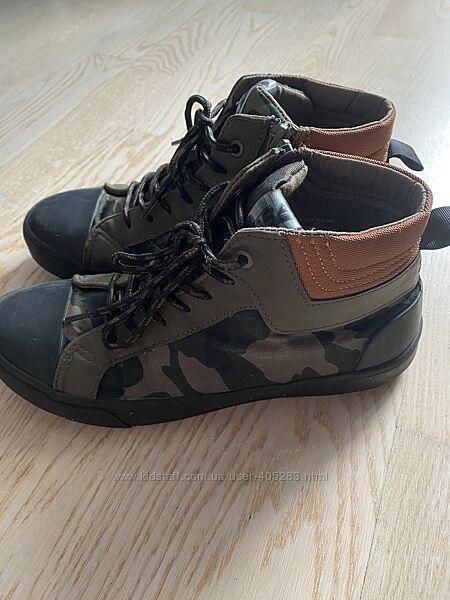 Демисезонные ботинки ZARA 37р