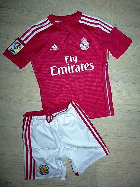 Футбольная форма Adidas 8-10 лет. 4 шт разные