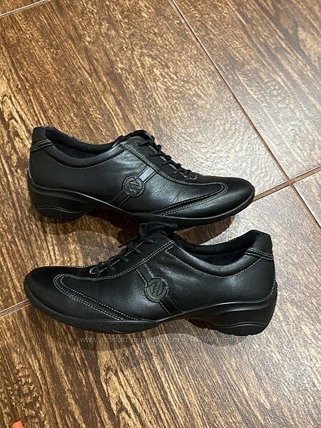 Спортивные туфли ессо р-37