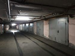 Сдам капитальный гараж в Дарницком районе Киева.
