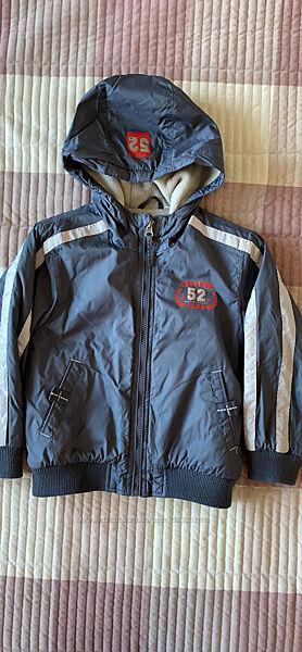 Куртки деми для мальчика р110,116 С&А