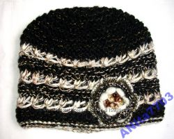Теплые шерстяные шапочки