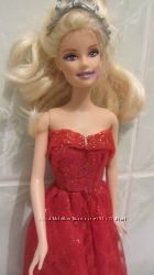куколка Барби блондинка