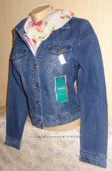 Куртка джинсовая со стразами размер 44-46
