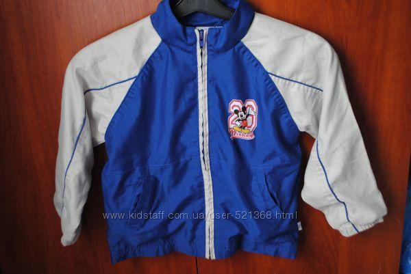 Курточка ветровка на 4-6 лет мальчику Disney