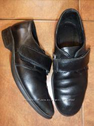 кожанные туфли мальчику р. 30 стелька 19. 5см