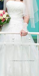 Продам шикарное свадебное платье цвета айвори 42-46 р