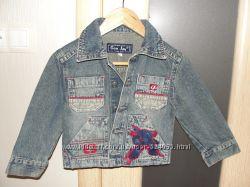 Продам джинсовую курточку Gee Jay