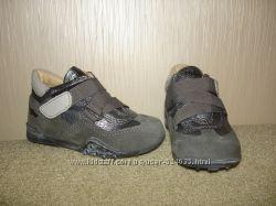 Продам ботиночки PRIMIGI