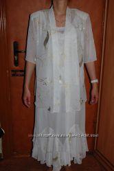 Новый нарядный костюм комплект тройка р. 52-54