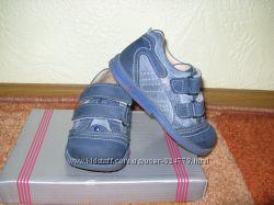 Кожанные туфельки на мальчика р. 24