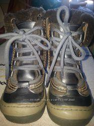 Продам зимние ботинки Bebetom. р. 27