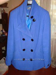 Женское пальто 46 р