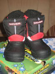 Ботинки зимние SKECHERS 23 размер новые. Цену снизила