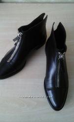 классные ботинки Зара