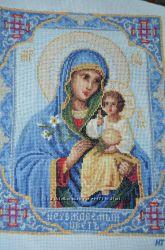Вышитая икона Пресвятая Богородица Неувядаемый цвет