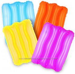 Подушки разноцвет
