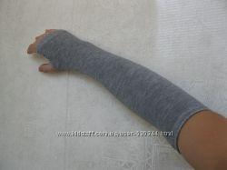 Митенки-перчатки без пальцев. Наличие