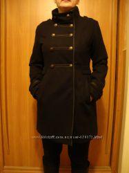 Стильное пальто натуральная шерстьСостояние нового.