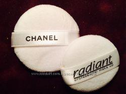 Пуфик для нанесения рассыпчатой пудры Chanel и Radiant