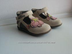 Туфельки для девочки 21р