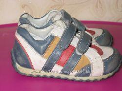 Кожаные кроссовки - туфли Perlina. Размер 22.