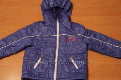 Демисезонная модная курточка на мальчика фирмы Модный Карапуз
