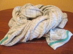 Интересный перекрученый шарф