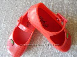 Желейные туфли c клубничками от Next