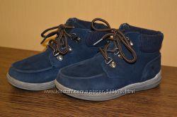 Продам демосезонные ботинки на маленького модника  MARKS & SPENSER 10UK