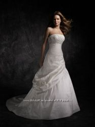 Свадебное платье Angelina Fassenda