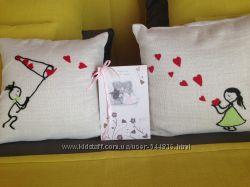 Декоративные подушки для влюбленных. Оригинальный подарок свадьба годовщина
