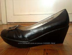 Стильные новые туфли, торг