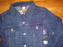 Джинсовые женская курточки Levis, США, размеры М и S