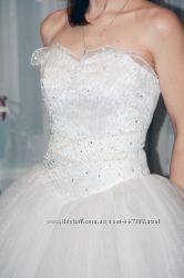 Ніжна весільна сукня ДЕШЕВО