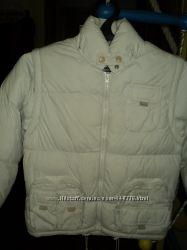 Курточка-жилетка для девочки белого цвета, рост 110, как новая