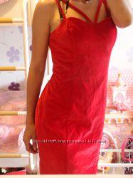 Нарядное платье guess