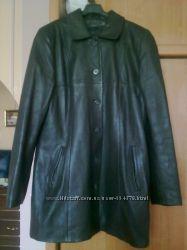 Продается женская кожаная куртка примерно 46-48рр.