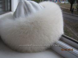 Шикарная песцовая шапка  Saga Furs Superior для престижных дам .