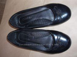 Школьные туфли лаковые  разм. 31