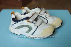 белые кожаные кроссовки Clarks 5, 5 23, 5 р. унисекс