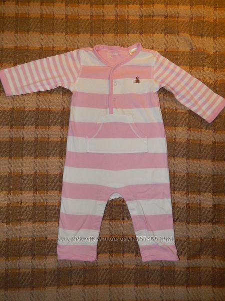 Трикотажный бело-розовый бодик Baby Gap на ребенка 3-6 месяцев. Спереди, в