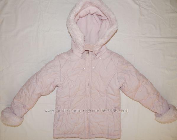 Нежно-розовая зимняя куртка Matalan на девочку 4-5 лет.