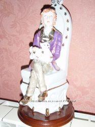 Продам испанскую фарфоровую статуэтку 70-х гг. Без повреждений