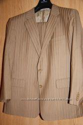 Красивый костюм от Михаила Воронина размер 108-96, либо 52-54